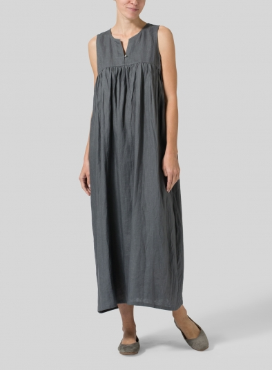 Linen Sleeveless Pleated Maxi Dress